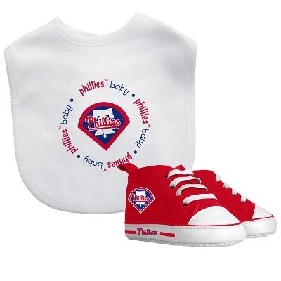 Philadelphia Phillies Bib & Prewalker Gift Set