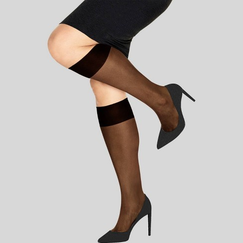 L'eggs Women's Extended Size 8pk Knee High Stockings - Black One Size - image 1 of 1