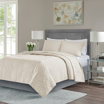 Ivory Wiley Coverlet Set (King/California King)