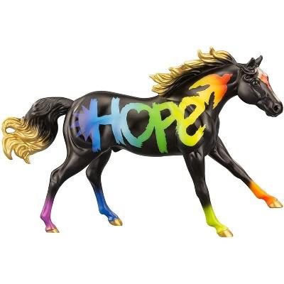 Breyer Animal Creations Breyer Freedom Series 1:12 Scale Model Horse   2021 Horse of the Year - Hope