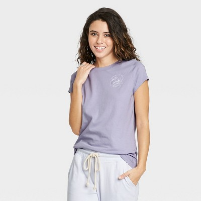 Women's Short Sleeve T-Shirt - Universal Thread™