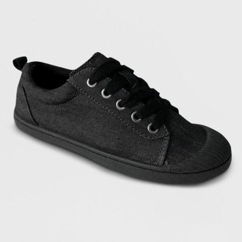 Boys' Gerald Low Top Sneakers - Cat & Jack™ Black - image 1 of 4