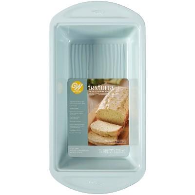 "Wilton 9""x5"" Texturra Performance Non-Stick Bakeware Loaf Pan"