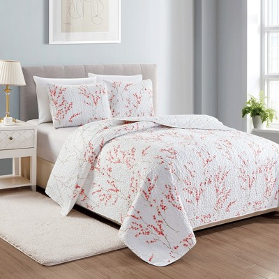 Great Bay Home Sakura Floral Printed Quilt Set