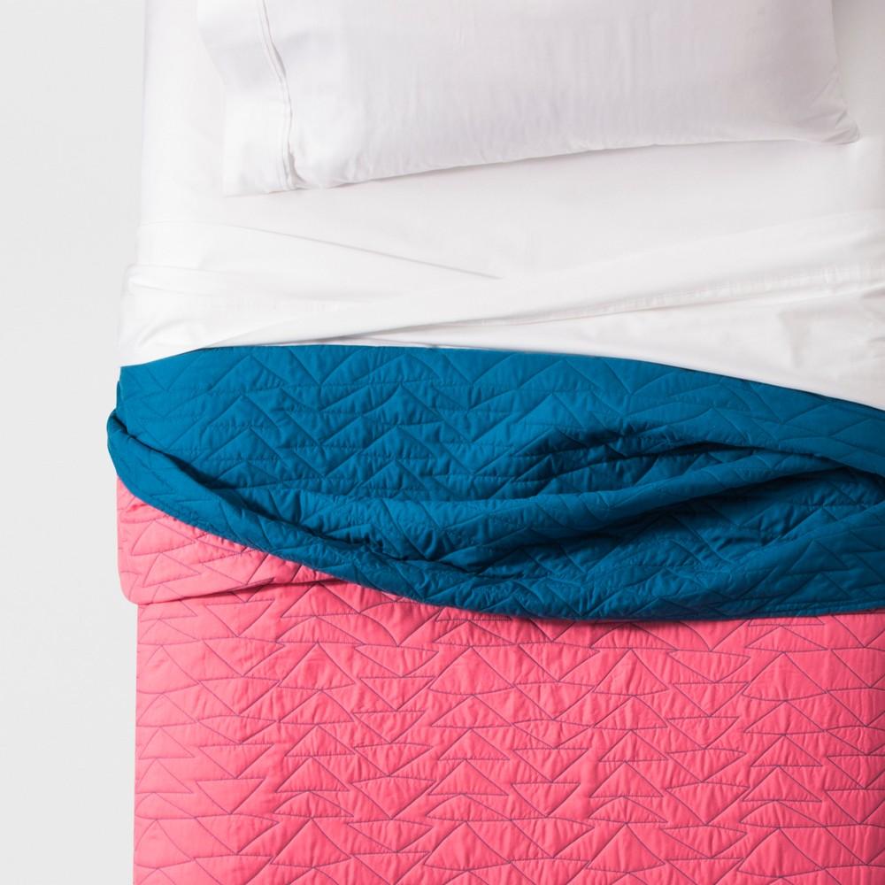 Triangle Stitch Quilt (Twin) Pink Taffy - Pillowfort