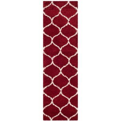 """2'3""""x12' Loomed Quatrefoil Design Runner Rug Red - Safavieh"""