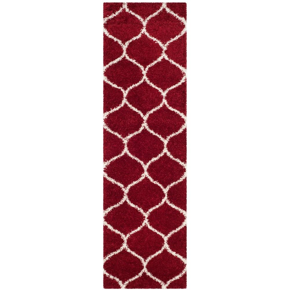 2'3X12' Loomed Quatrefoil Design Runner Rug Red - Safavieh, Red/Ivory