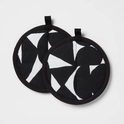 2pk Cotton Printed Kitchen Pot Holder Black - Room Essentials™