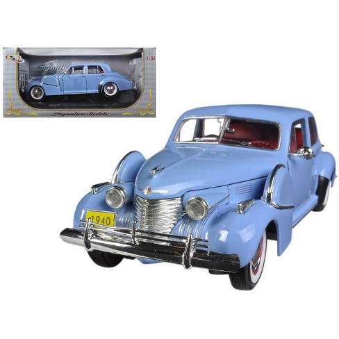 1940 Cadillac Sixty Special Blue 1/32 Diecast Car Model by Signature Models - image 1 of 1