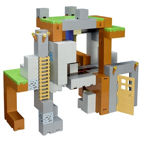 Minecraft Action Figure Playset - image 1 of 4