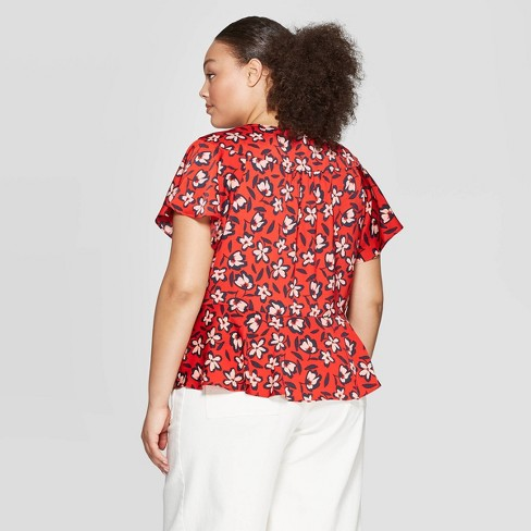 8885b6126e505b Women's Plus Size Floral Print Short Flutter Sleeve V-Neck Wrap Top - Who  What Wear™ Red