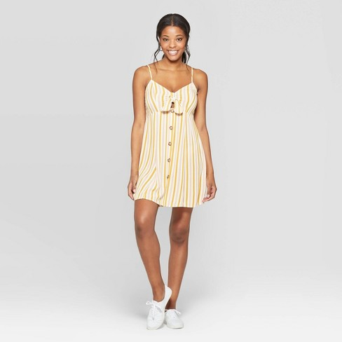 ebad68b59612c Happy Thursday ☀ #summerdress #target #targetstyle #affordablefashion  #beachstyle #mystyle #over40 #instastyle #styleinspo #dress #styleover40 # stripes ...
