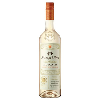 Ménage à Trois Sweet Collection Moscato White Blend Wine - 750ml Bottle