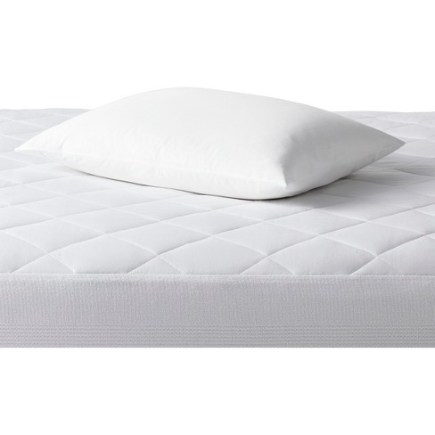 4 Pillow Protector Cover King Size Stain Resistant NEW ITEM* Zippered Case