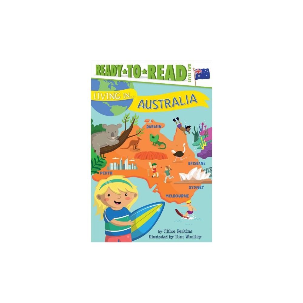 Living in Australia (Hardcover) (Chloe Perkins)