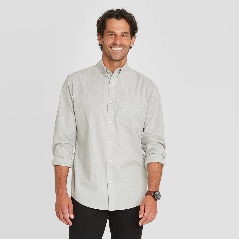 Top en's Standard Fit Stretch Poplin Long Sleeve Button-Down Shirt - Goodfellow & Co™