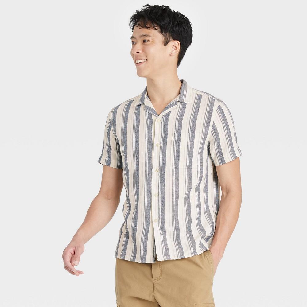 Men 39 S Regular Fit Camp Collar Short Sleeve Button Down Shirt Goodfellow 38 Co 8482 Cream L