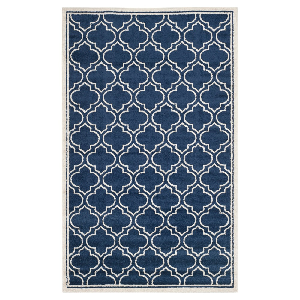 Coco 5'x8' Indoor/Outdoor Rug - Navy/Ivory (Blue/Ivory) - Safavieh