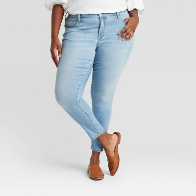 Women's Plus Size Mid-Rise Skinny Jeans - Ava & Viv™ Light Wash