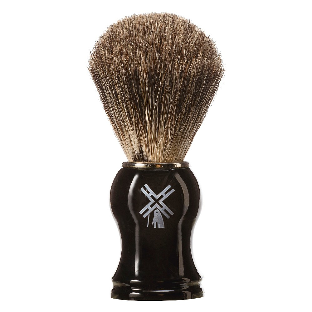 You\\\'re in good hands with the Van Der Hagen Badger Shaving Brush. Its high level of water retention helps you quickly build a lather, so you can start shaving without delay. As you apply lather to your face, the badger hair exfoliates your skin and lifts up scruff and stubble for an even closer shave! Gender: 0482Men.