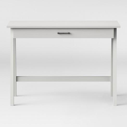 Paulo Basic Desk Project 62