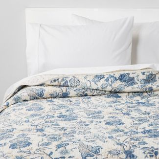 King Printed and Washed Voile Quilt Blue Floral - Threshold™