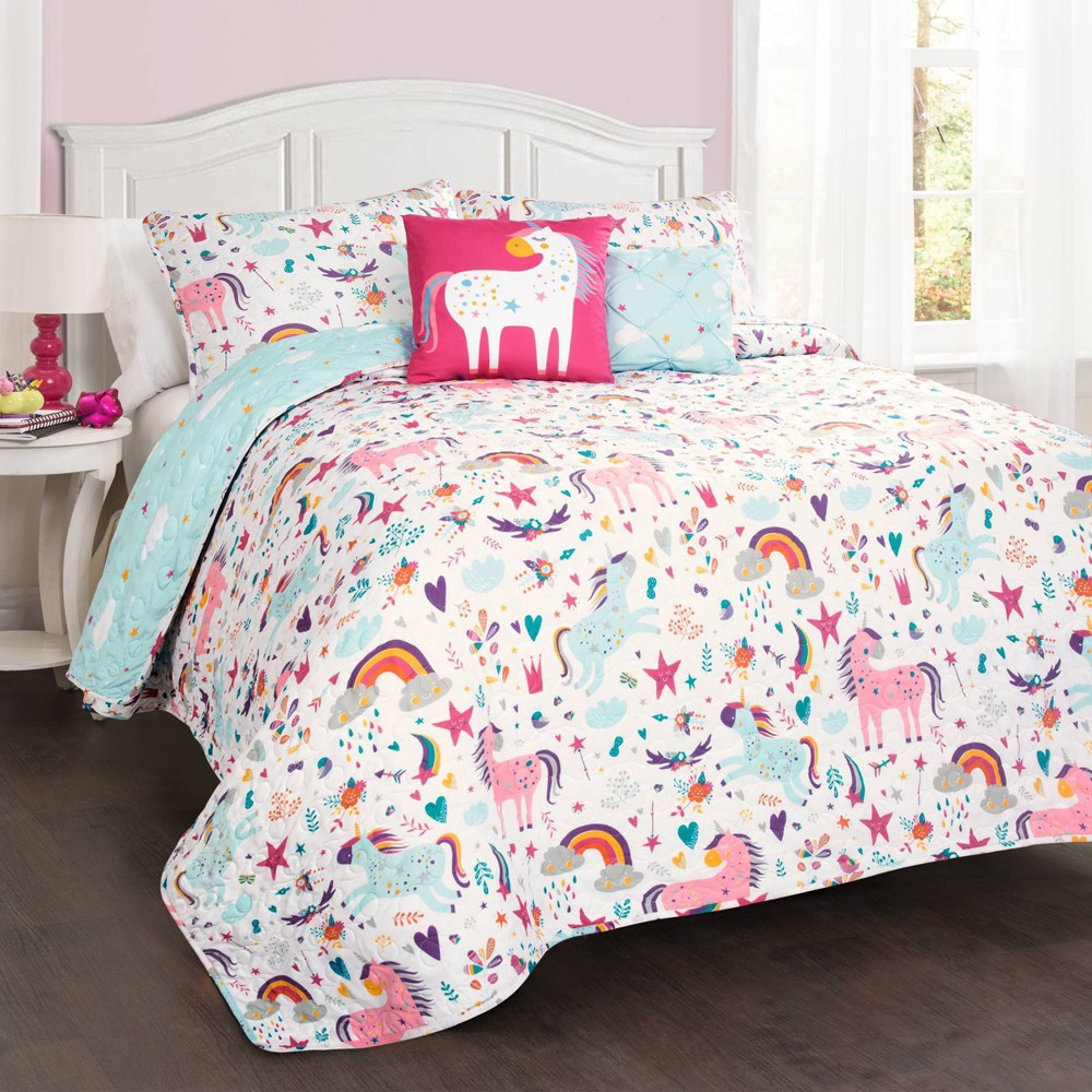 Image of 5pc Full/Queen Unicorn Heart Bedding Set with Unicorn Throw Pillow White - Lush Décor