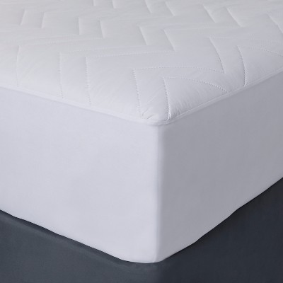Mattress Pad (Queen)White - Room Essentials™
