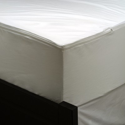 Queen Waterproof Mattress Protector White - AllerEase