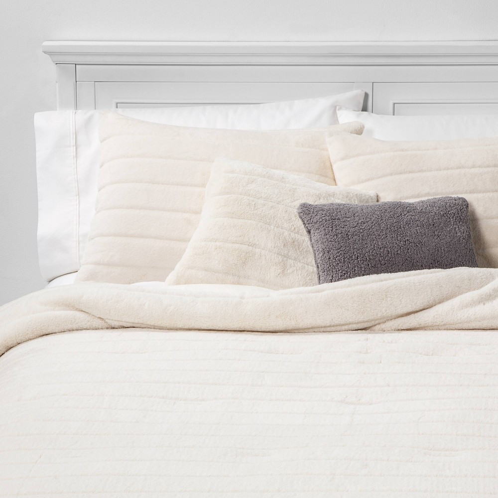 Image of King Whistler Faux Fur 5pc Bed Set Cream, Ivory