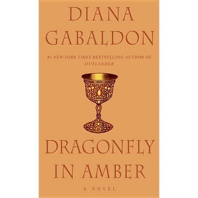 Dragonfly in Amber (Reprint) (Paperback) by Diana Gabaldon