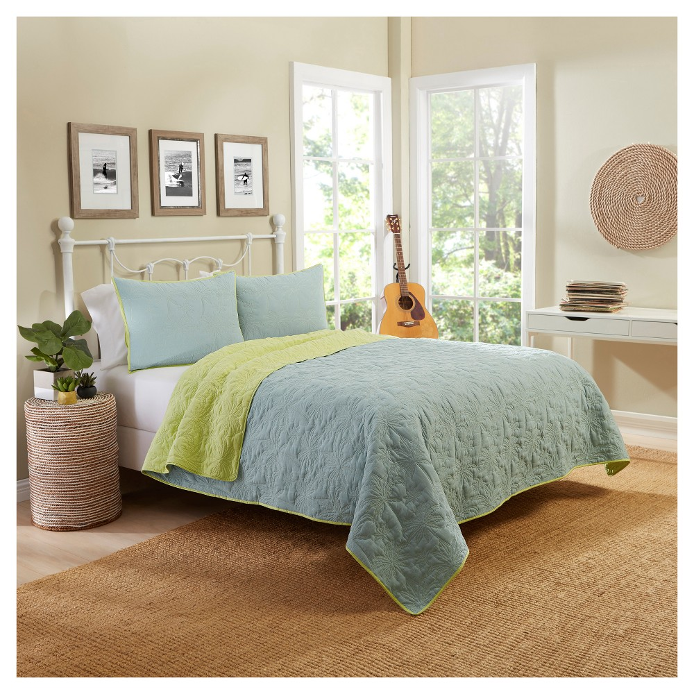 Coral/Pink Solid Zuma Beach Reversible Quilt Set (King) 3...