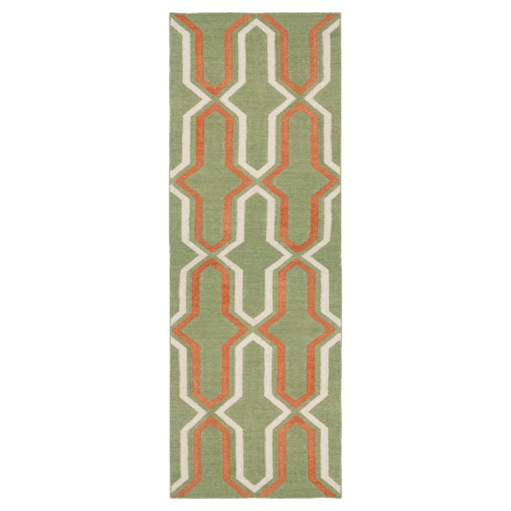 2'6X8' Geometric Runner Green/Rust (Green/Red) - Safavieh