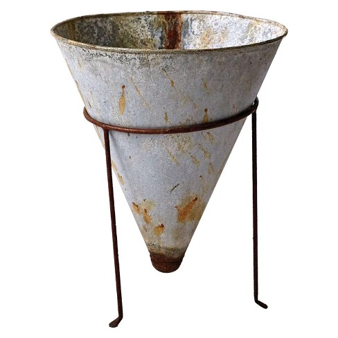 "Metal Cone Shaped Planter with Stand (13.5"") - Set of 2 - 3R Studios - image 1 of 1"