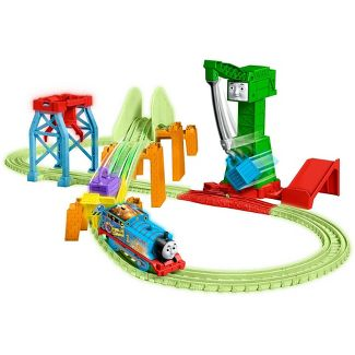 Fisher-Price Thomas & Friends TrackMaster Hyper Glow Night Delivery