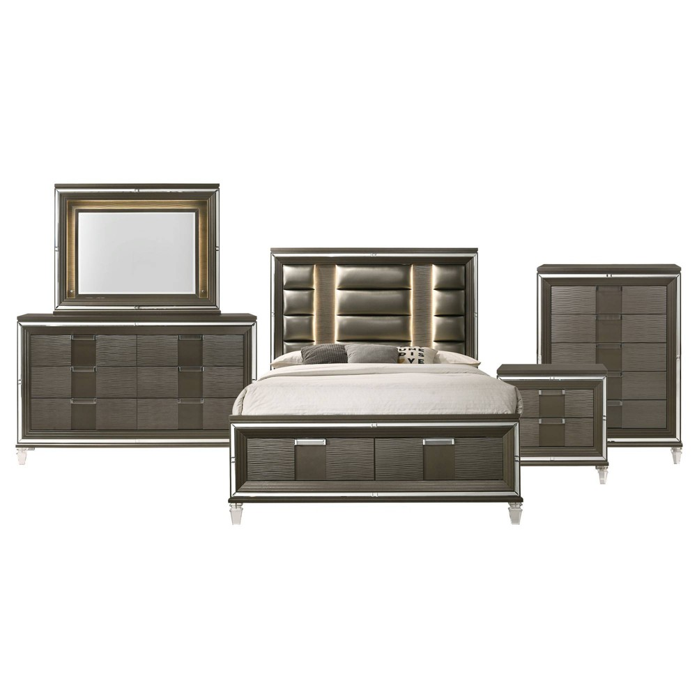 5pc Queen Charlotte Storage Bedroom Set Copper - Picket House Furnishings, Brown