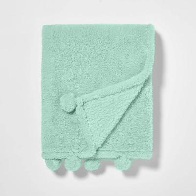 Teddy Bear Plush Throw Mint - Pillowfort™