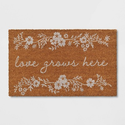 "1'6""x2'6"" Love Grows Here Door Mat True White - Threshold™"