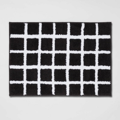 "17""x24"" Grid Cotton Bath Rug Black/White - Room Essentials™"