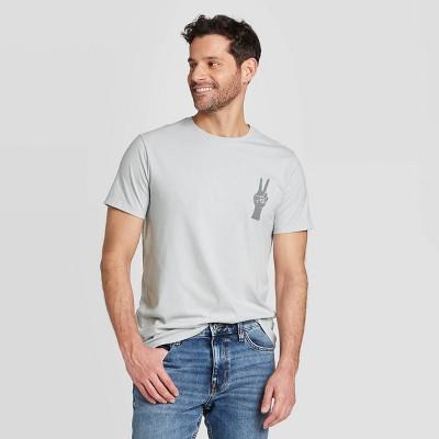 Men's Regular Fit Short Sleeve Crew Neck Graphic T-Shirt - Goodfellow & Co™