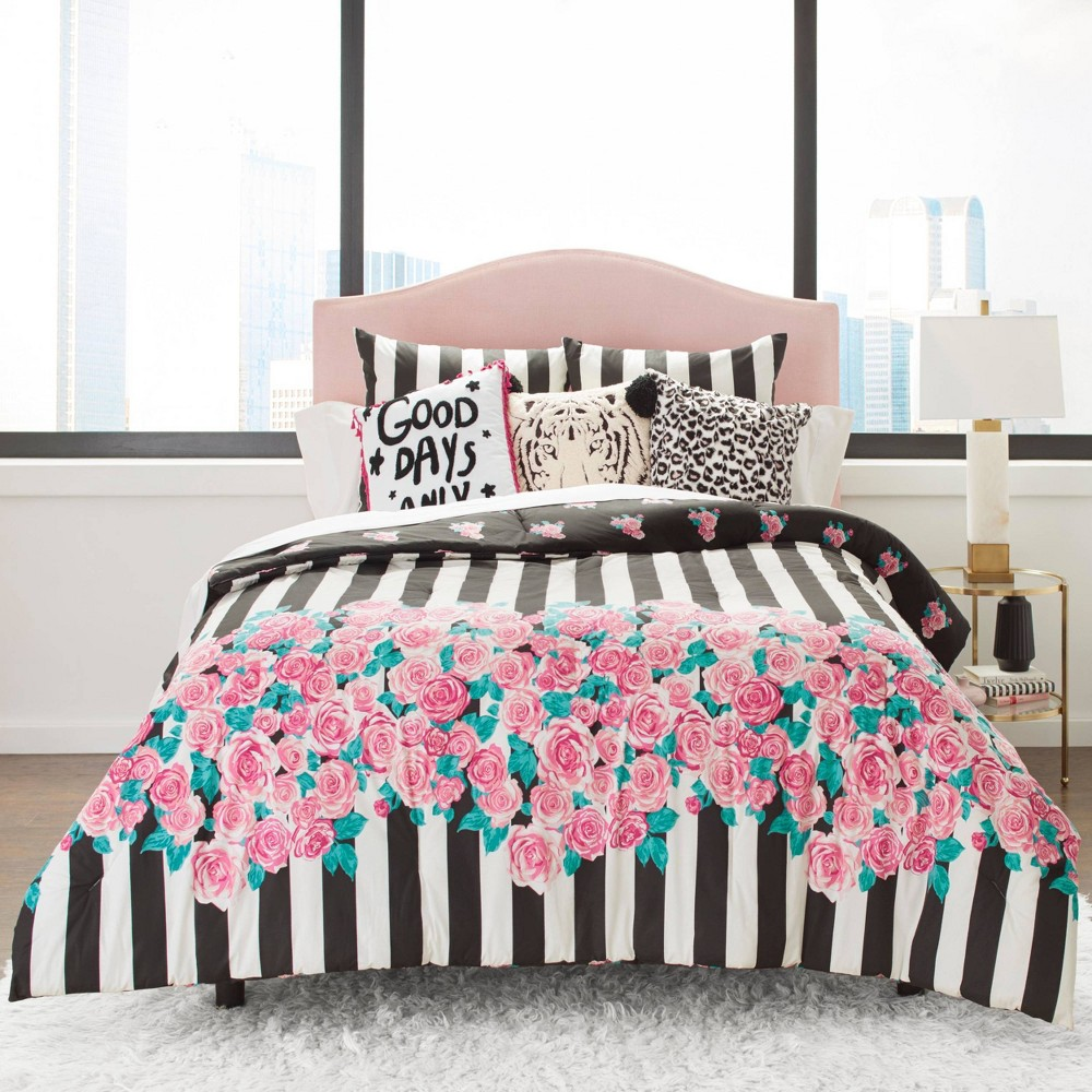 Image of Betseyville Full/Queen Romantic Comforter Set Black