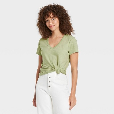 Women's Short Sleeve V-Neck T-Shirt - Universal Thread™