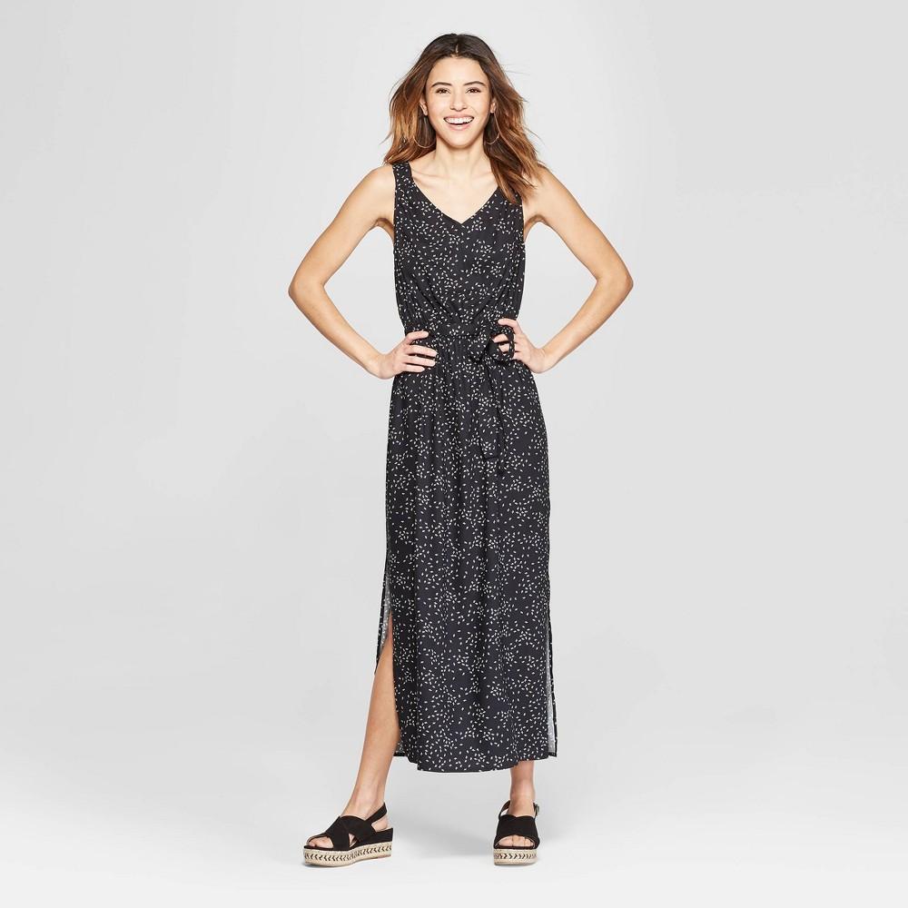 Women's Floral Print Sleeveless V-Neck Maxi Dress - A New Day Black/White M