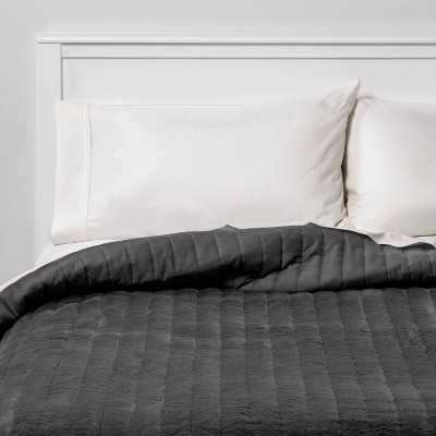 King Reversible Heathered Flannel and Faux Fur Quilt Gray - Threshold™