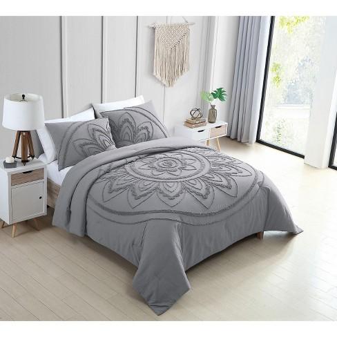 VCNY Home Kelly Grey Medallion Cotton Comforter Set - image 1 of 3