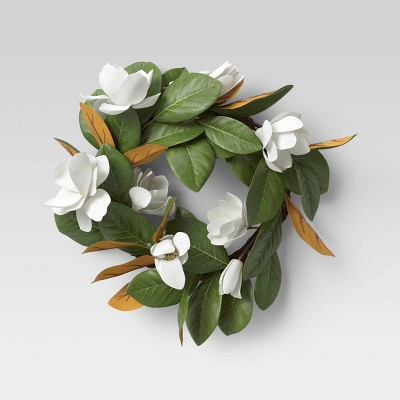"18"" Artificial Magnolia Wreath White - Threshold™"