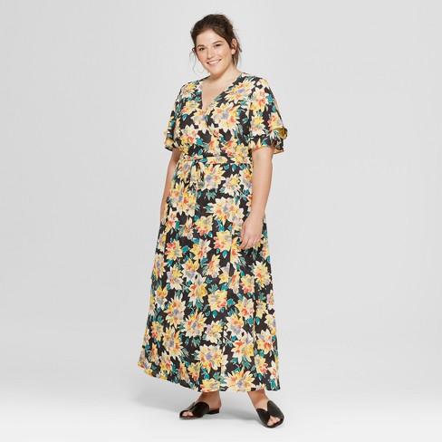 Women\'s Plus Size Floral Print Wrap Maxi Dress - Ava & Viv™ Black X
