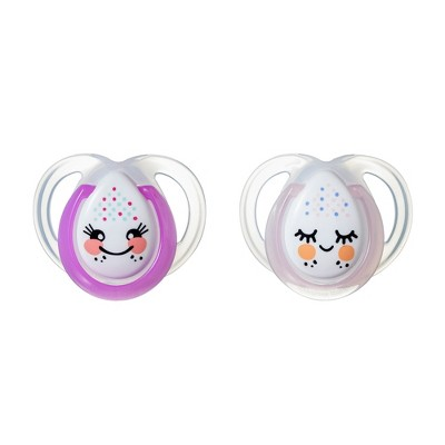 Tommee Tippee Closer to Nature 2pk Night Time Pacifiers 0-6m