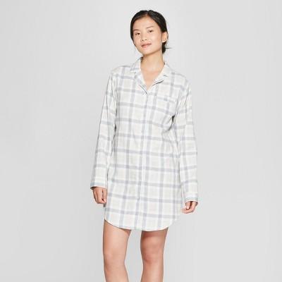 Women's Plaid Flannel Notch Collar Sleep Button-Up Shirt - Gilligan & O'Malley™ Light Gray M