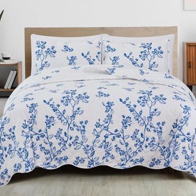 Great Bay Home Raelynn Floral Printed Quilt Set